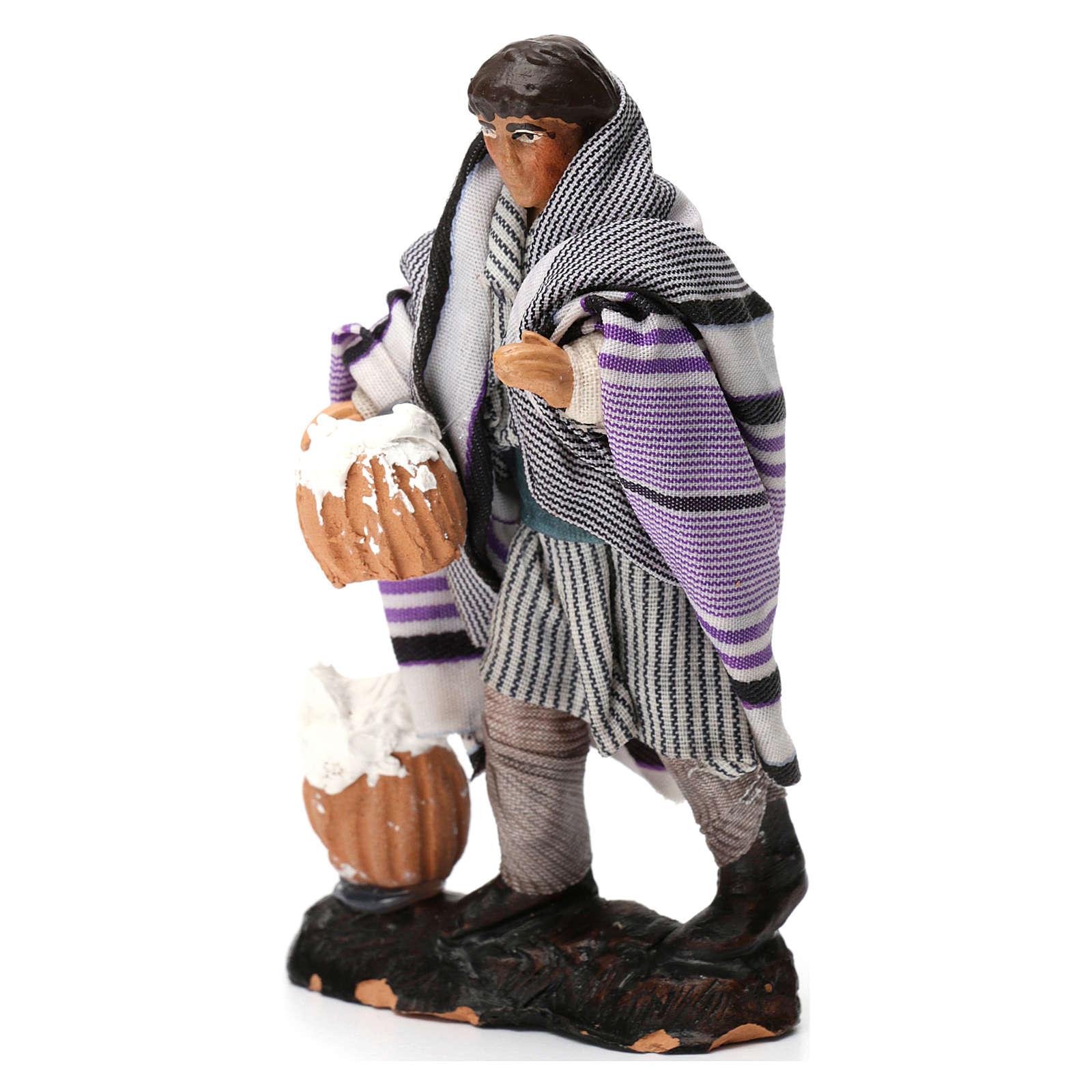 Hombre con requesón de terracota para belén de 8 cm de altura media 4