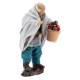 Uomo con cesto di frutta per presepe napoletano 8 cm s3