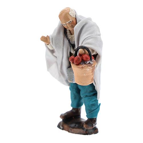 Uomo con cesto di frutta per presepe napoletano 8 cm 2