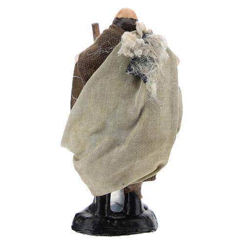 Campesino con azada para belén napolitano de 8 cm de altura media 4