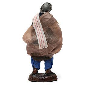 Hombre con pan para belén napolitano de 8 cm de altura media s3