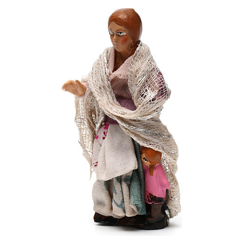 Bambina con bambola per presepe napoletano di 8 cm 2