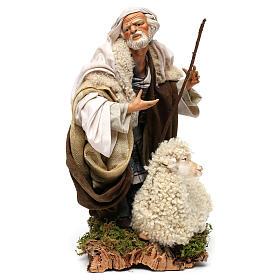 Uomo con pecora per presepe napoletano stile 700 da 35 cm s3