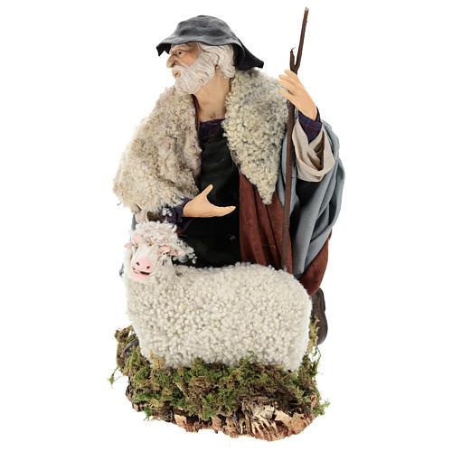 Uomo con pecora per presepe napoletano stile 700 da 35 cm 3