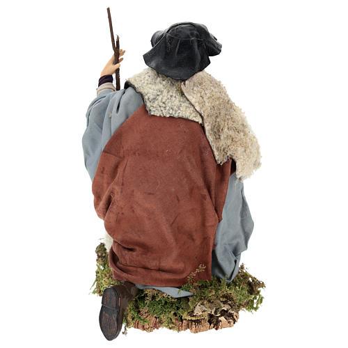 Uomo con pecora per presepe napoletano stile 700 da 35 cm 5