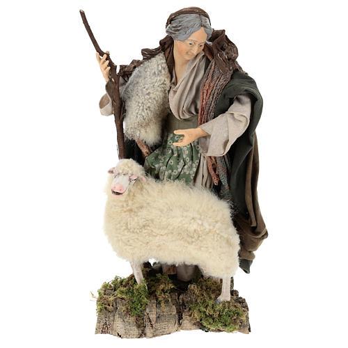 Vieja con oveja para belén Nápoles estilo 700 de 35 cm de altura media 1