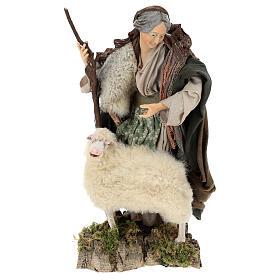 Vecchietta con pecorella per presepe Napoli stile 700 di 35 cm s1