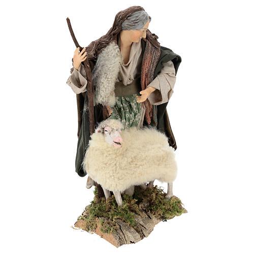 Vecchietta con pecorella per presepe Napoli stile 700 di 35 cm 4