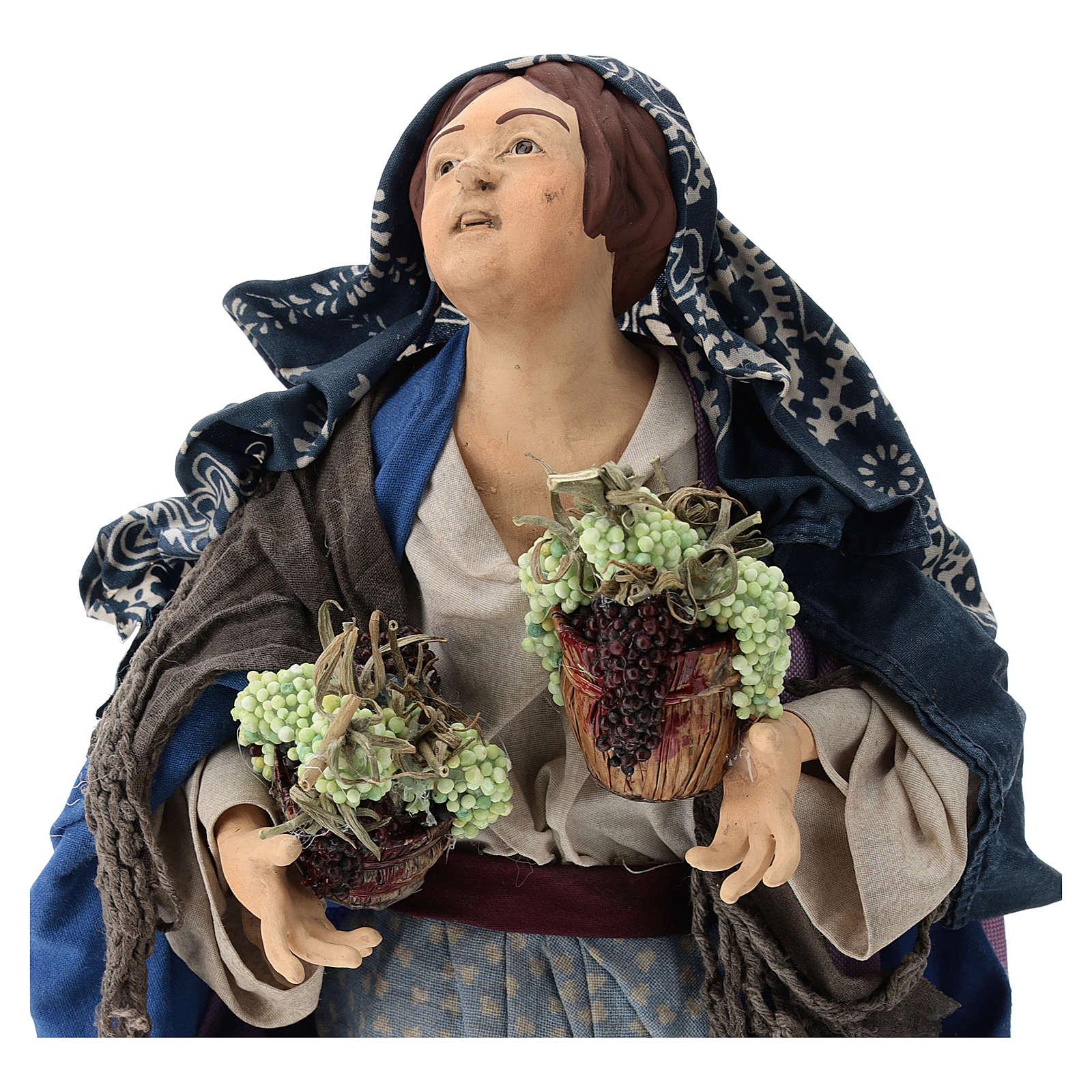 Donna con due cesti d'uva per presepe Napoli stile '700 di 35 cm 4