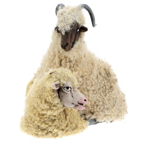 Caprone con pecorella per presepe napoletano stile '700 di 35 cm 2