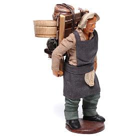 Hombre con barril de vino para belén napolitano 12 cm de altura media s4