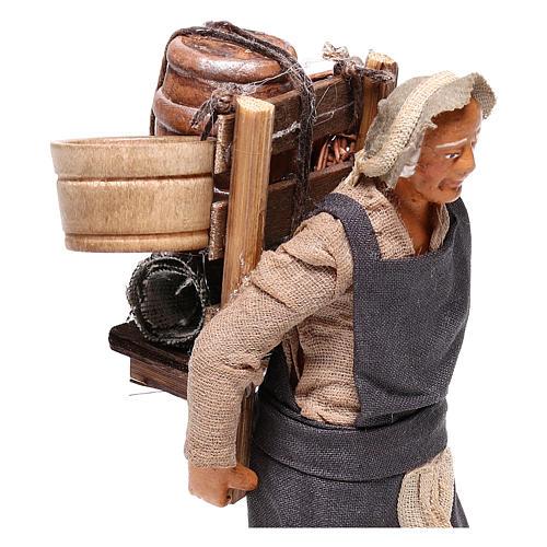 Hombre con barril de vino para belén napolitano 12 cm de altura media 2