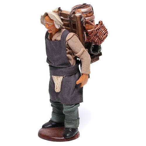 Hombre con barril de vino para belén napolitano 12 cm de altura media 3
