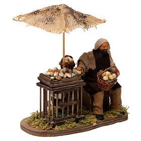 Movimento homem com cesta de ovos e galinha em gaiola presépio de Nápoles 12 cm s3