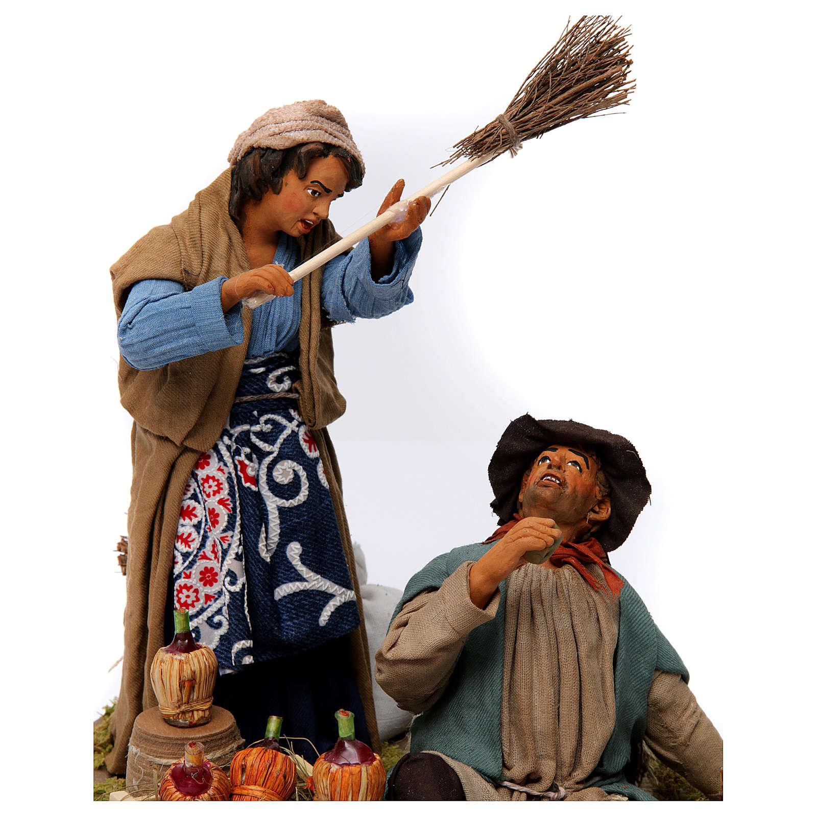 Moving woman beating her drunken husband Neapolitan Nativity Scene 30 cm 4