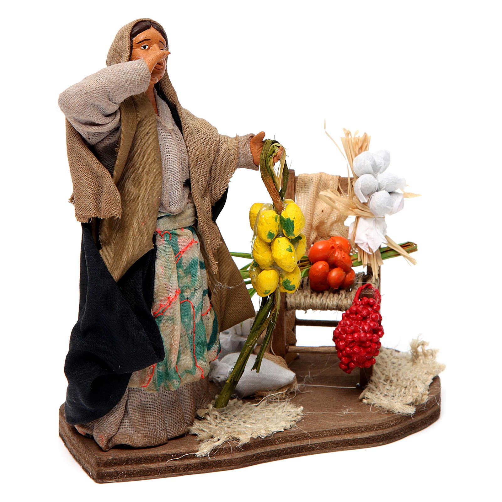Venditrice di frutta e verdura per presepe napoletano 12 cm 4