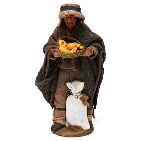 STOCK Pastore con pane vestito terracotta 18 cm presepe napoletano s1