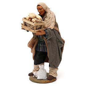 STOCK Pastore con pane vestito terracotta misura 18 cm presepe napoletano s3