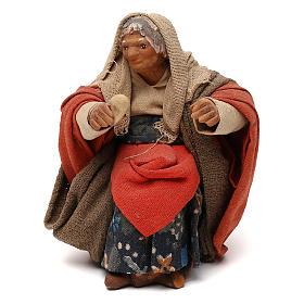 STOCK Donna seduta vestita con pane in terracotta cm 10 presepe napoletano s1