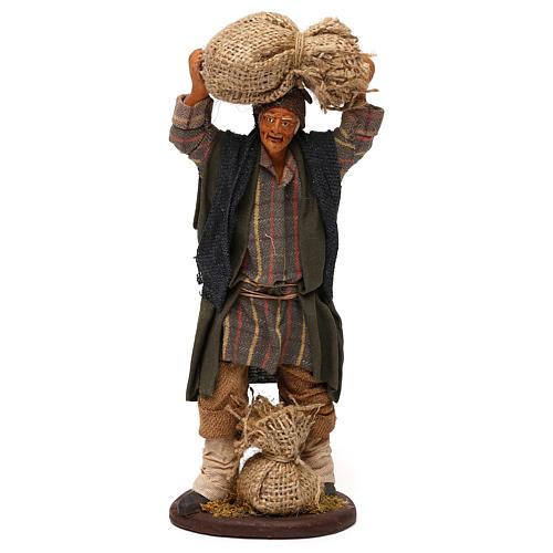 STOCK Uomo con sacchi vestito in terracotta 18 cm presepe napoletano 1