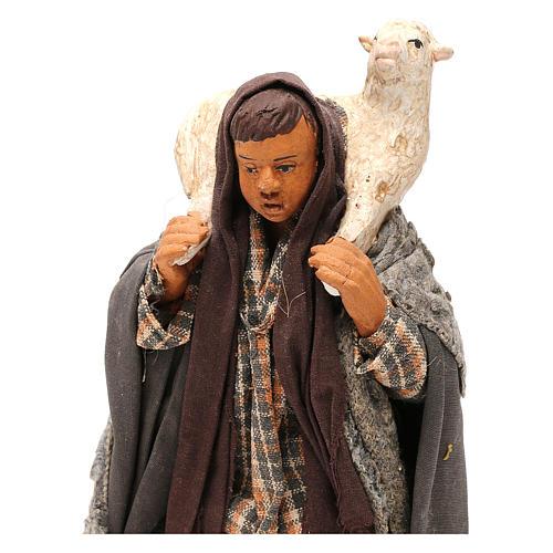 STOCK Pastore con pecora vestito in terracotta cm 18 presepe napoletano 2