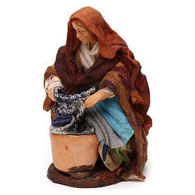 Neapolitan Nativity scene, kneeled woman washing clothes 12 cm s2