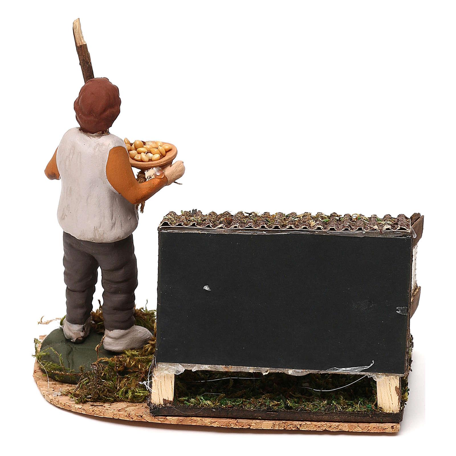 Scena di uomo nel pollaio con mangime presepe napoletano 8/10 cm 4