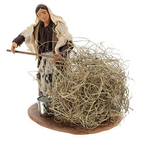 Miniature farmer woman with straw, 13 cm s3