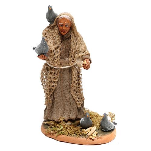 Femme avec pigeons pour crèche napolitaine 10 cm 1