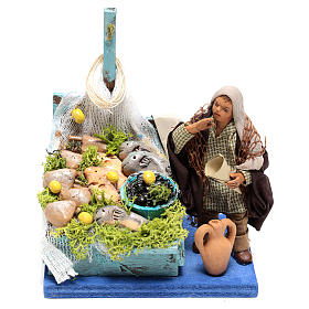 Fisherman with fish counter of 10x10x10 cm for Neapolitan Nativity Scene of 10 cm s1