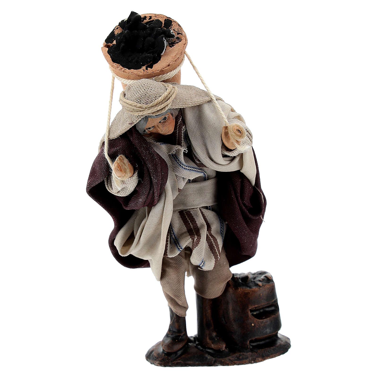 Man carrying coal bucket 8 cm Neapolitan nativity figurine 4