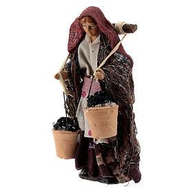 Donna con cesti carboni terracotta 8 cm presepe napoletano s2