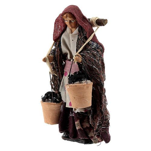 Donna con cesti carboni terracotta 8 cm presepe napoletano 2