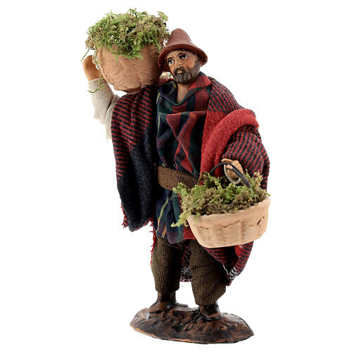 Shepherd carrying moss baskets12 cm Neapolitan nativity figurine 3