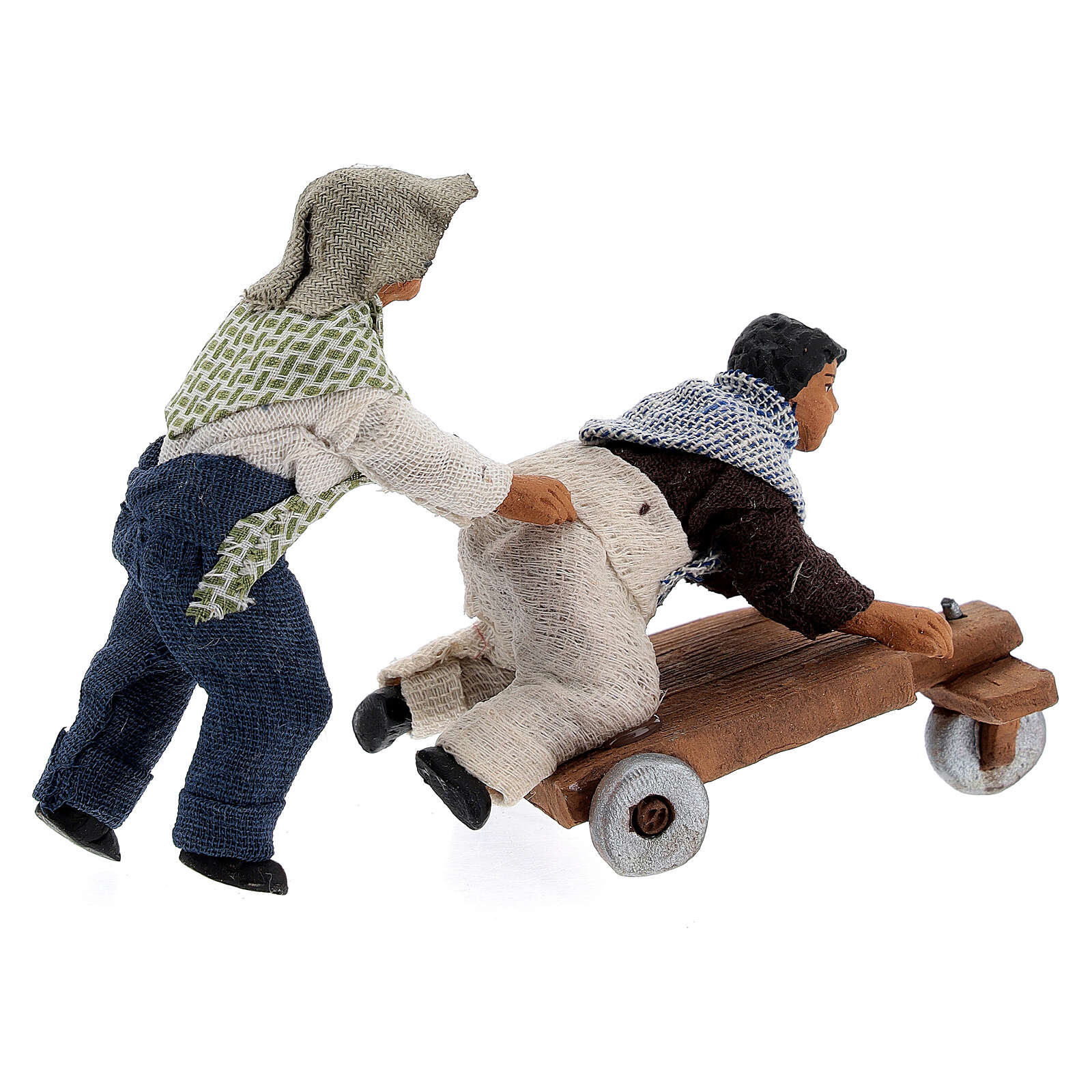 Duas crianças jogando com carrinho cena para presépio napolitano com figuras de altura média 10 cm 4