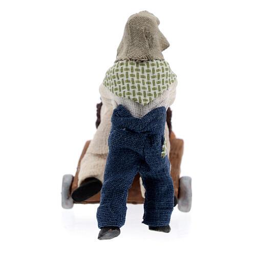 Duas crianças jogando com carrinho cena para presépio napolitano com figuras de altura média 10 cm 7