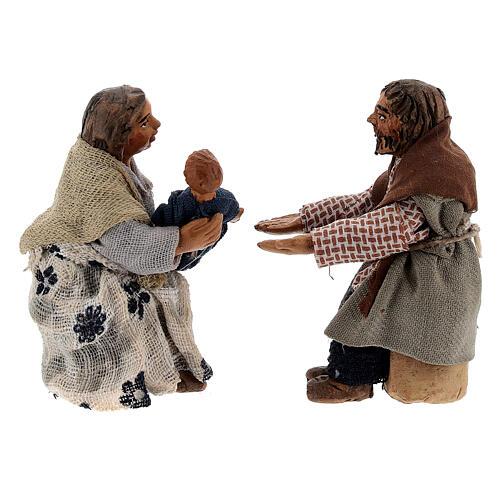 Scena famiglia e bimbo presepe napoletano 10 cm 1