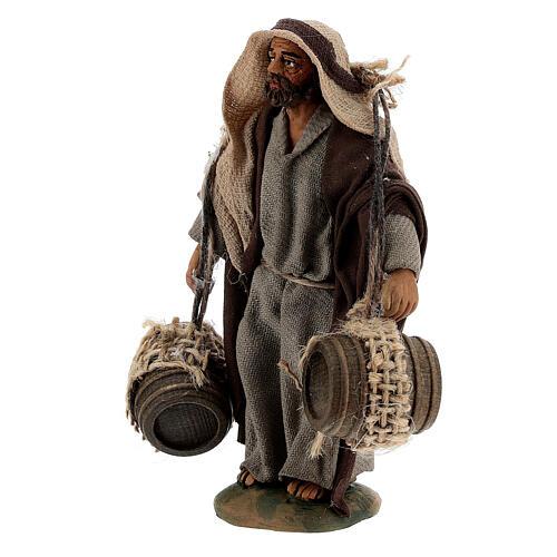 Pastor carregando barris presépio napolitano com figuras de altura média 10 cm 2