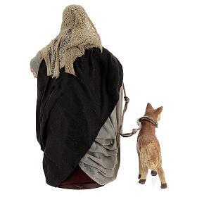 Mulher com cesto e cachorro com coleira para presépio napolitano com figuras de altura média 13 cm s4