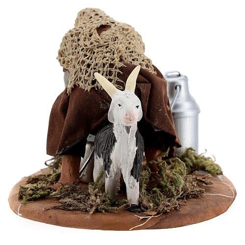 Shepherd milking goat Neapolitan nativity 10 cm 4