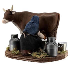 Pastor ordenhando vaca para presépio napolitano com figuras de altura média 10 cm s3