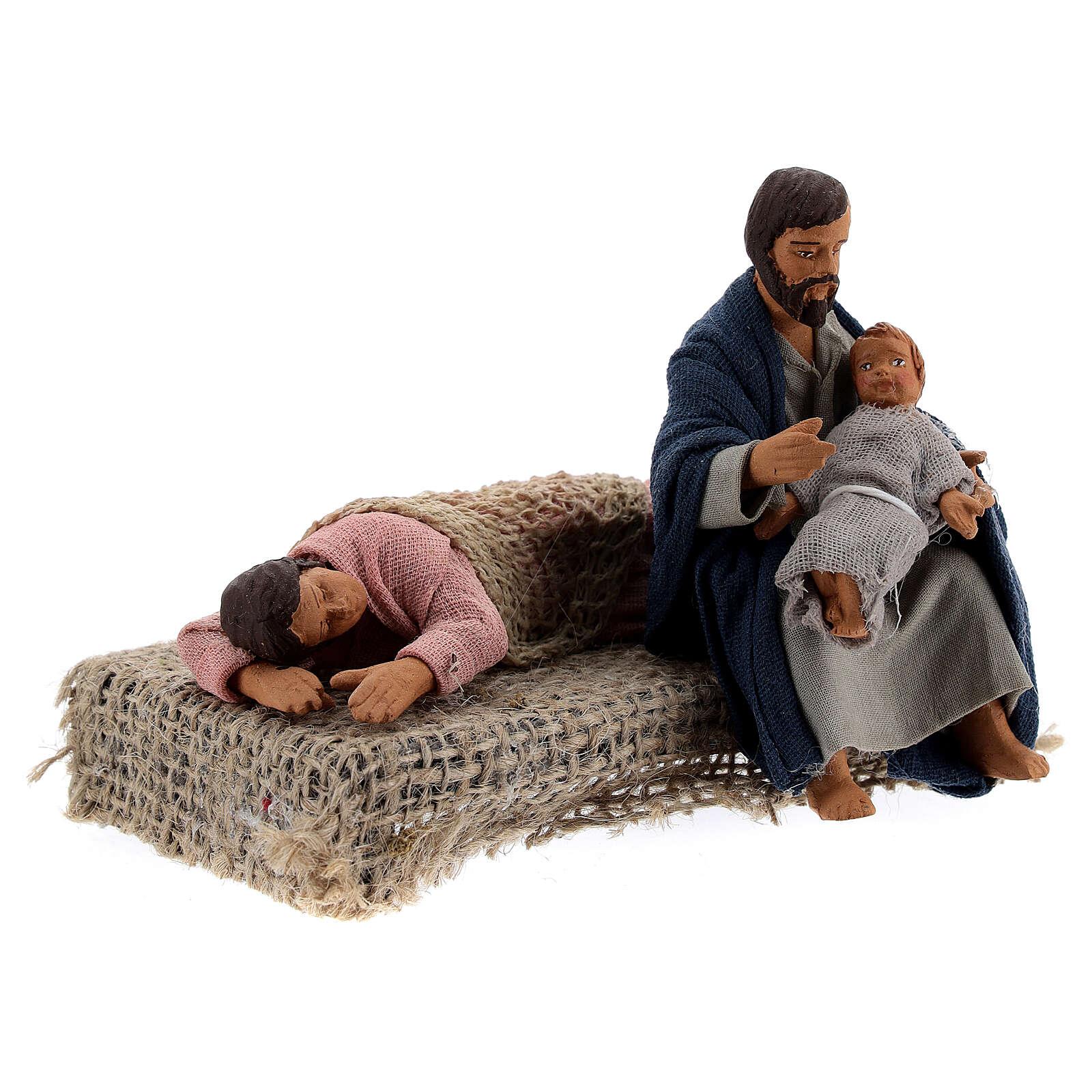 Scena famiglia a riposo presepe Napoli 10 cm 4