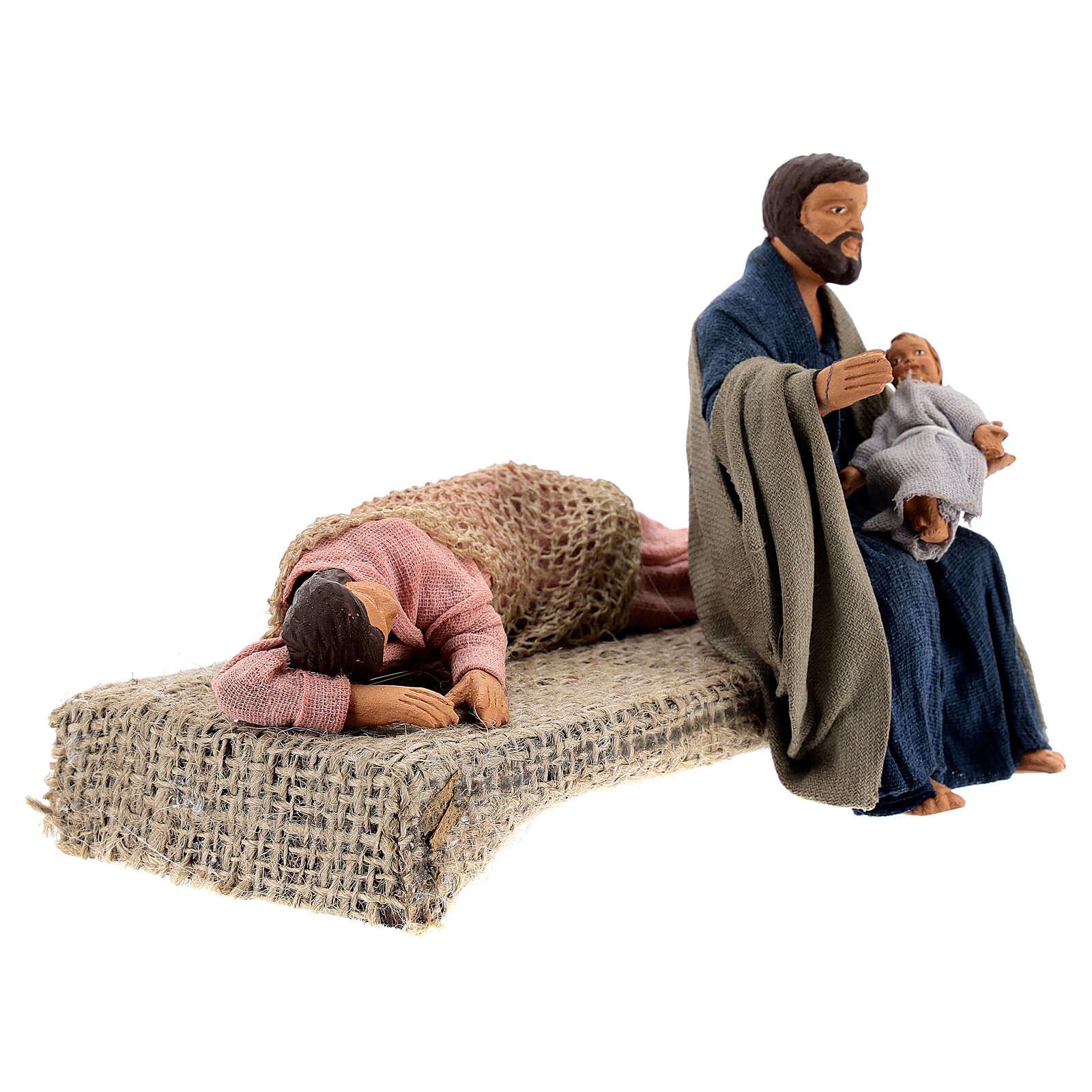 Sacra Famiglia sdraiata scena presepe napoletano 13 cm 4