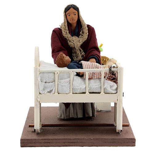 Movimento mulher embalando bebé no berço presépio de Nápoles figuras altura média 12 cm 1