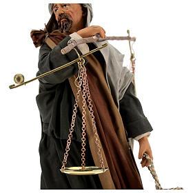 Pastor com balança e cesto para presépio napolitano com figuras de altura média 30 cm s4