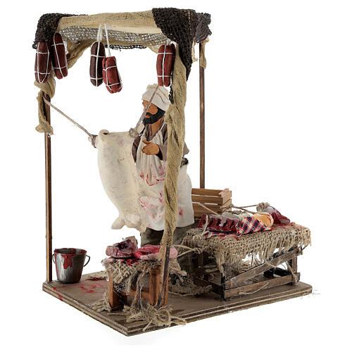 Macellaio che lavora maiale movimento per presepe napoletano 14 cm 2