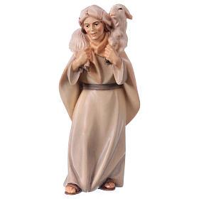 Pastore con pecora sulle spalle per presepe Original Cometa legno dipinto in Valgardena 12 cm s1