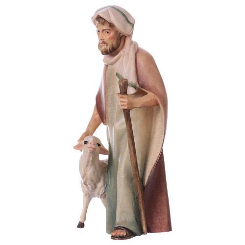 Pastore con bastone e pecora per presepe Original Cometa legno dipinto in Valgardena 12 cm 2