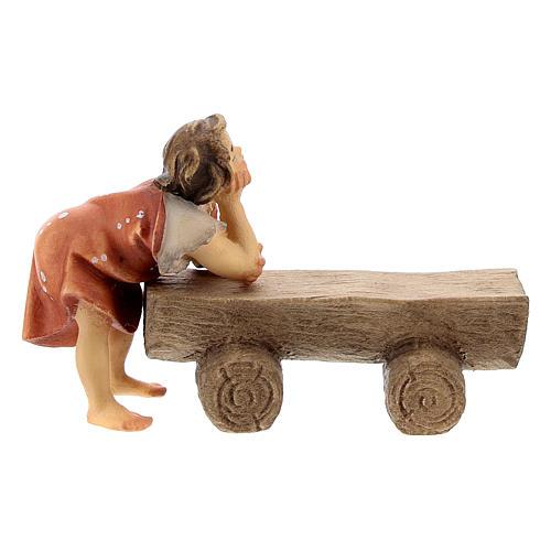 Anciano en un banco con niño belén Original madera pintada en Val Gardena 10 cm de altura media 3