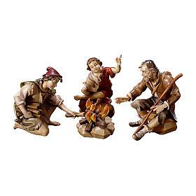 Gruppo di pastori al falò per presepe Original legno dipinto in Val Gardena 12 cm s1